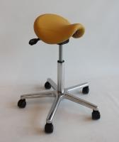 Arbeitshocker Sattel ergonomisch